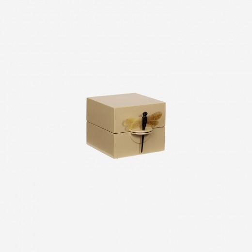 Lacquer box S wheaten