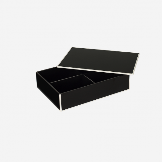 Flat lacquer box with room divider B black-01
