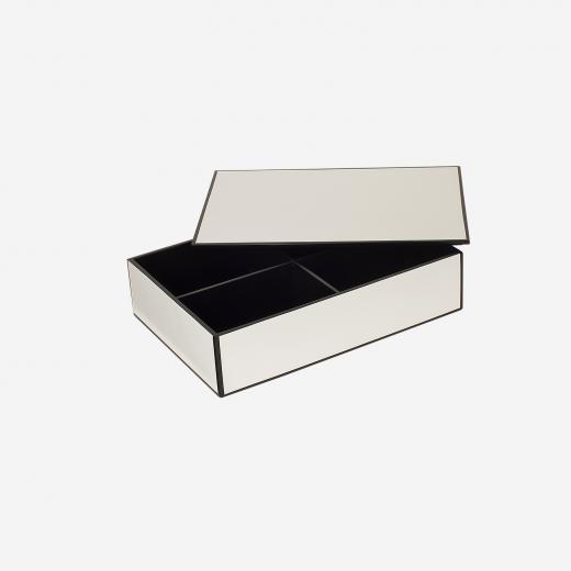 FlatlacquerboxwithroomdividerBwhite-01