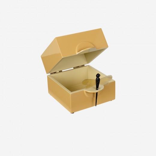 LacquerboxsaffronS-01