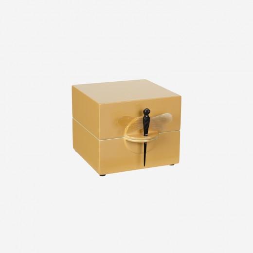 Lacquer box saffron, S
