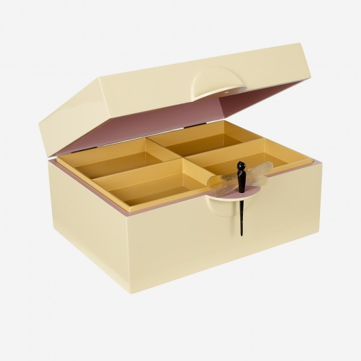 LacquerboxsoftyellowXL-01