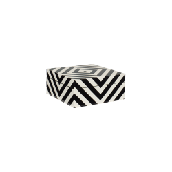 Lacquer box with stripes black/white